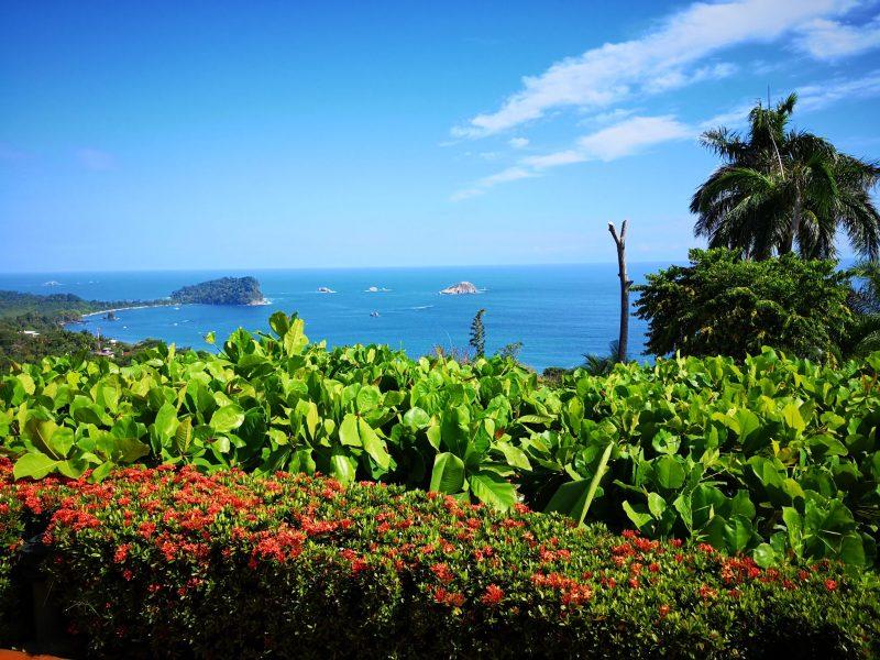 hotel-de-playa-cerca-del-parque-nacional-manuel-antonio